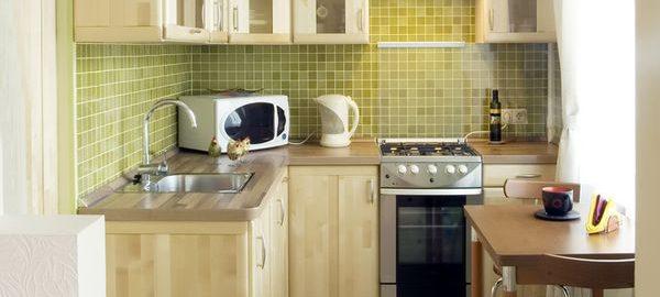 Как исправить недостатки маленькой кухни?