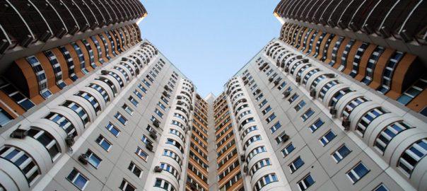 Насколько этажность влияет на стоимость квартиры?